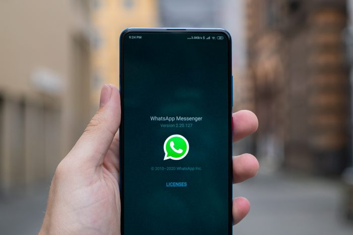 WhatsApp To Switch Off Messages For Those Who Won't Accept New Terms