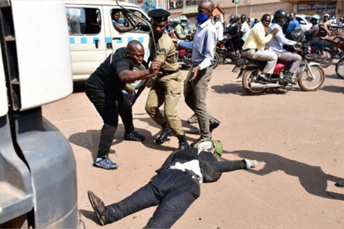 Arrests over flogging of Uganda leader effigy