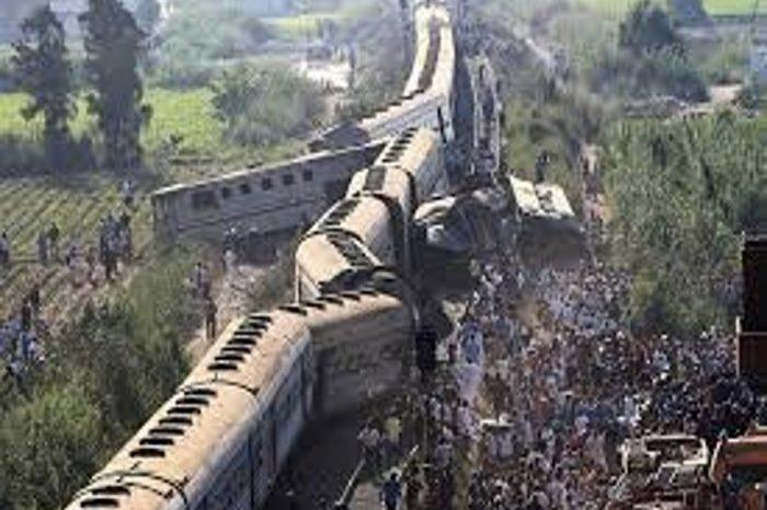 Egypt train crash kills dozens: Health ministry