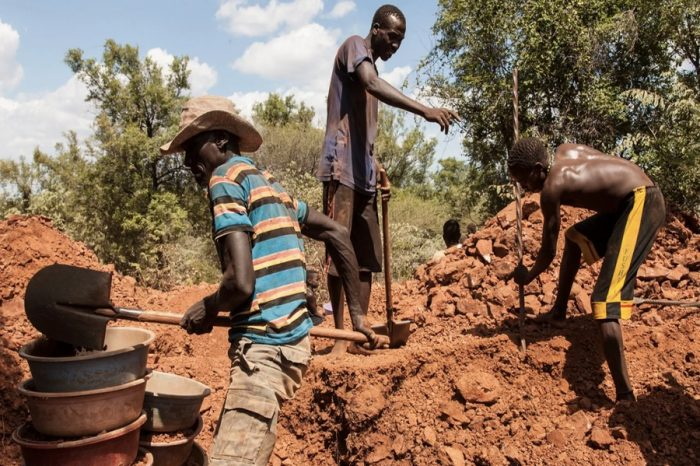 Withdraw from roads leading in and out of Juba - S. Sudan's Mine authority tells mine clearance organizations.