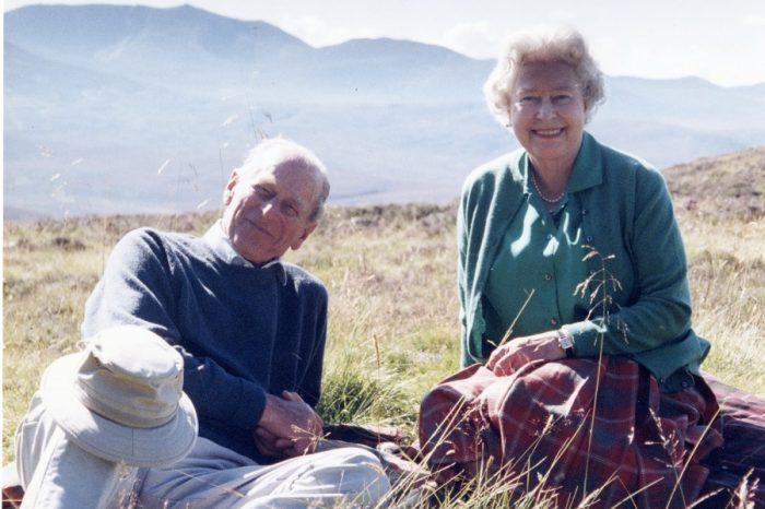 Queen Elizabeth bid a final farewell to her husband of over seven-decade.