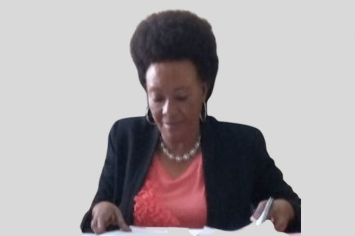 Burundi trade minister sacked over the plane sale