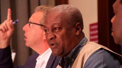 Somalia rejects AU mediator in row with Kenya