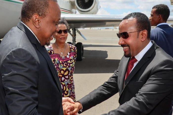 Kenyan president urges Ethiopia to open up mobile money market