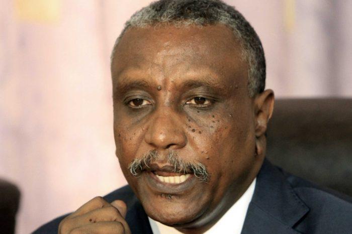 Hamdok fired national auditor, appoints SPLM-N deputy leader as adviser