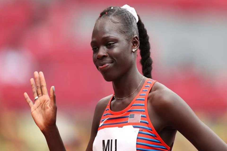 Athing Mu of New Jersey sweeps to the Olympic final with a gold medal in sight at the Tokyo Olympics.