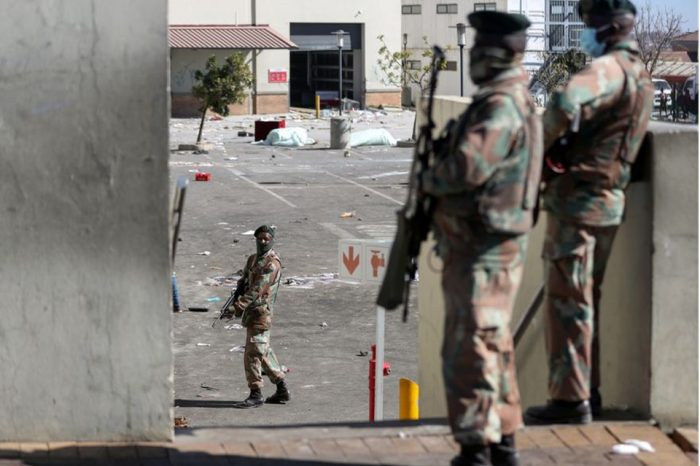 Worst violence in years spreads in South Africa as grievances boil over